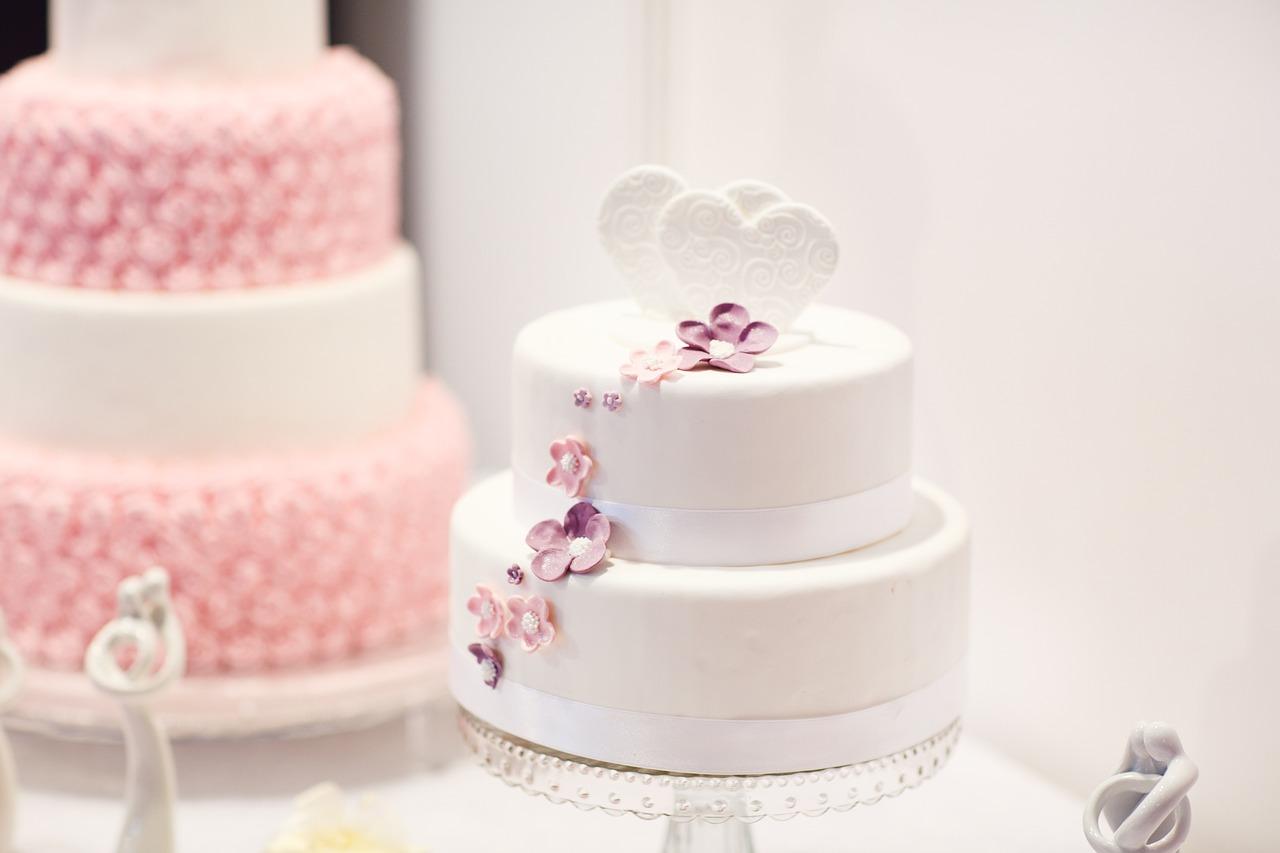 wedding-cake-1704427_1280